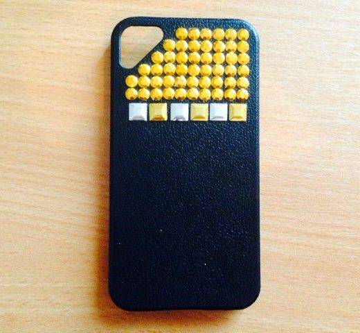 iphone-4-4s-hoes-cover-case-pc-studs-zwart